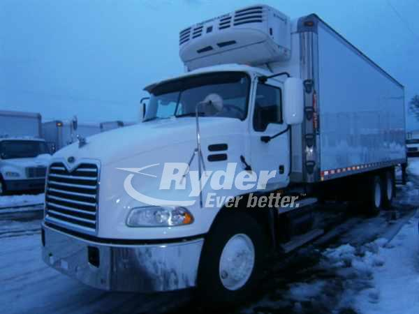 Used Freightliner Trucks and Tractors for Sale